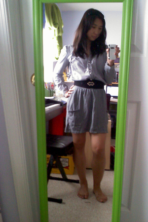 gray Leshy blouse - black belt - gray Mossimo for Target skirt