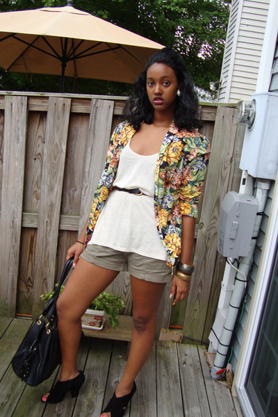 vintage blazer - Urban Outfitters purse - Urban Outfitters top - Old Navy shorts