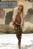H&M blouse - Zara shoes - Personal brand leggings - Vintage store vest