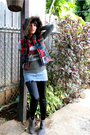 Red-gap-jacket-gray-zara-t-shirt-blue-skirt-black-leggings-gray-zara-boo
