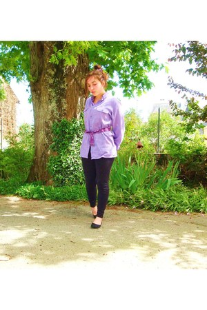 black H&M leggings - light purple vintage shirt - deep purple belt