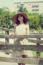Oviesse hat - Vila dress