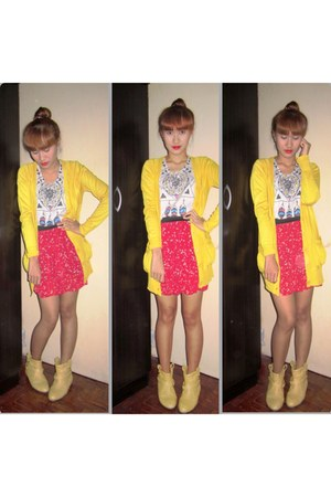 mustard boots - ruby red Forever 21 skirt - periwinkle blouse