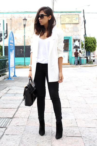 Black Zara Boots, White Pull&Bear Blazers, Black Zara Pants ...