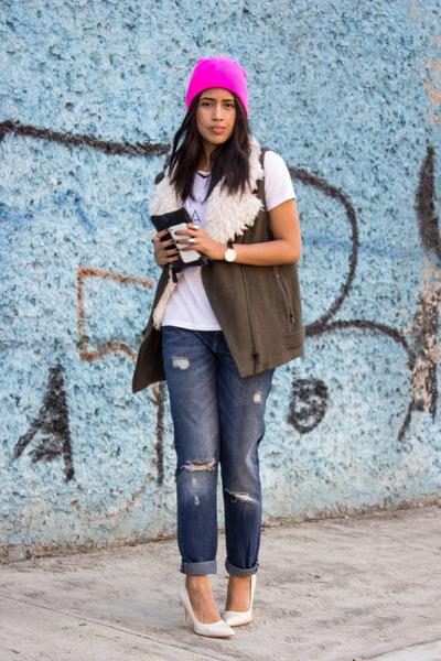 navy boyfriend jeans Zara jeans - hot pink beanie Walmart hat