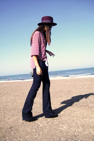 magenta Zara hat - navy Zara jeans - vintage blouse
