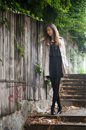 black Pimkie dress - nude Bershka coat - black Stradivarius heels