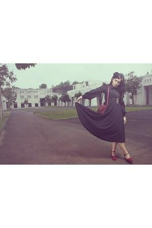 Secondhand dress - random brand heels