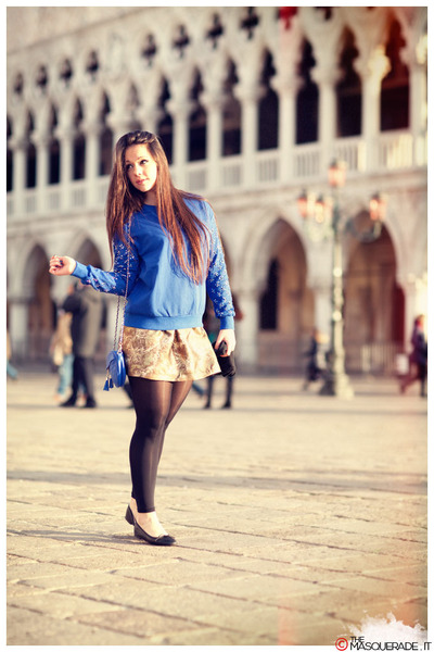 gold Em dolli skirt - blue vintage bag - blue Em dolli sweatshirt