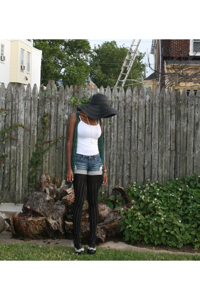 forest green my moms vintage vest - black Forever 21 hat