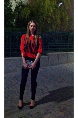 Chanel purse - pull&bear jeans - black Bershka heels