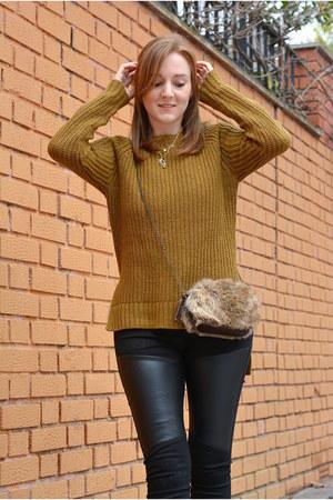 black Adela Gil boots - mustard Bershka sweater - dark green Mulaya scarf
