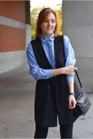 black Stradivarius coat - sky blue Rosegal shirt - bronze Pull & Bear scarf