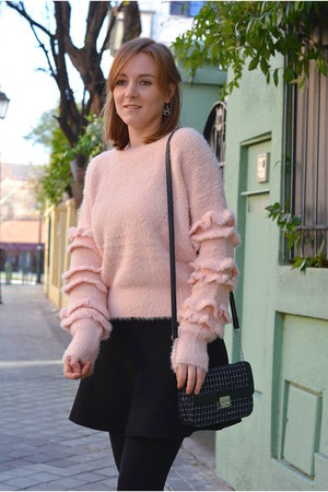 black Mango coat - pink Mulaya sweater - brick red Pull & Bear scarf
