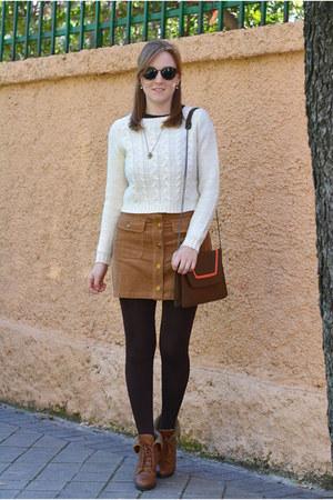 brown Vogue & LV boots - off white stradiarius sweater - dark brown Zara bag