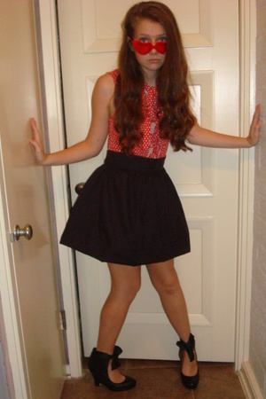 H&M top - skirt - girlprops sunglasses - Corso Comma shoes