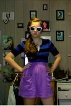 sweater - skirt - shoes - Rayban Wayfares sunglasses