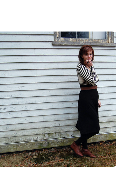 brown unknown brand belt - black American Apparel skirt - black Target tights -