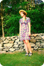 Black-70s-vintage-dress-black-anthropologie-shoes-beige-thrifted-hat