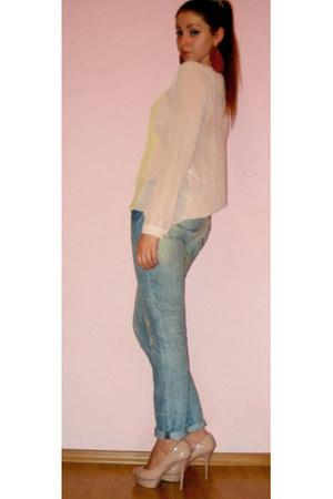 neutral Zara pumps - light blue collins jeans - neutral Zara blouse