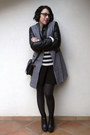 Black-leather-café-noir-boots-black-persunmall-coat-wool-conbipel-sweater