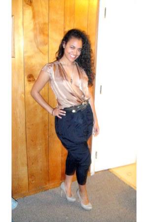 beige LAMB shoes - navy Forever 21 pants - nude Bebe top - black BCBG belt