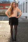 Pink-top-black-skirt