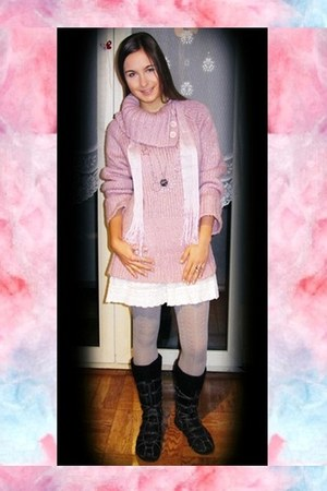 light pink unknown brand sweater - white H&M skirt - heather gray Only tights -