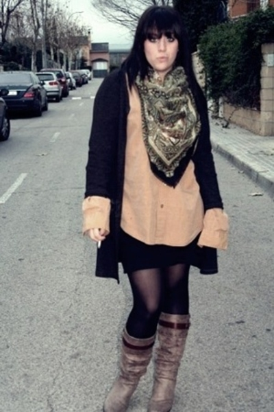 scarf - Yves Saint Laurent blouse - jacket - Mustang boots