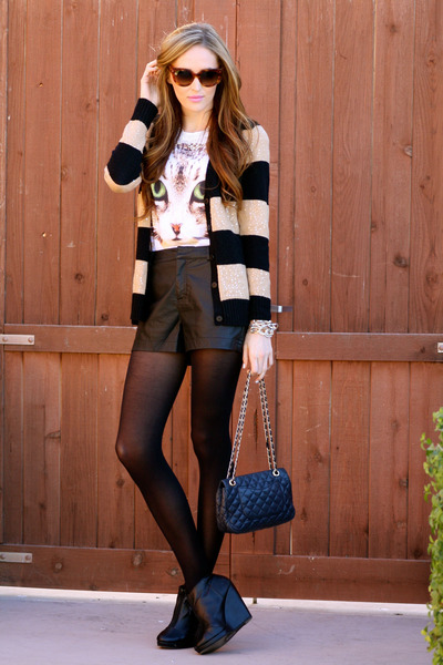 black faux leather Forever 21 shorts - camel Michael Stars sweater