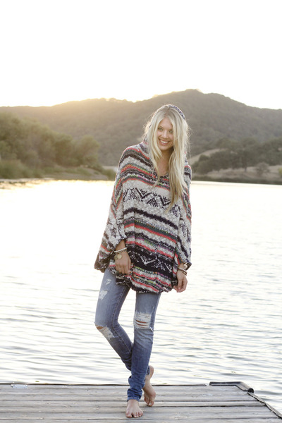 free people sweater - Ditto jeans - free people bracelet