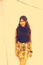 chartreuse print Zara skirt