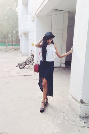 white crop Zara top - black shoes - navy H&M skirt