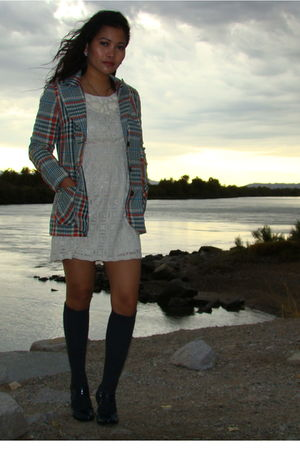 Serbin by Muriel Ryan blazer - white Forever 21 dress - blue burnt sugar socks -