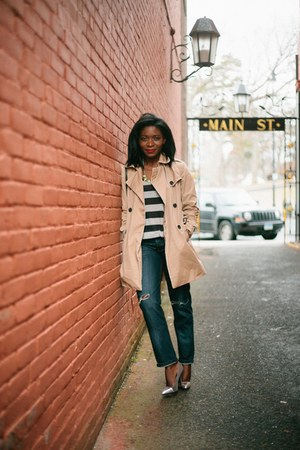 tan trench coat Gap coat - boyfriend jeans jeans - black stripes H&M shirt