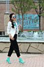 White-bluetique-cheap-chic-blazer-black-jogger-ume-pants