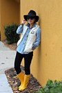 Yellow-hunter-boots-black-forever-21-hat