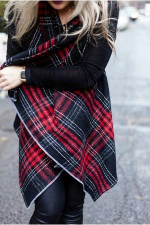 K Banasik vest - Dolce Vita boots - H&M leggings - giving keys necklace