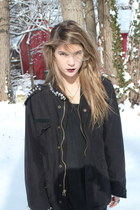 navy studded Gray Hew Animal jacket - black leather Frye boots