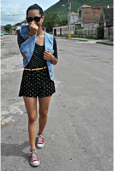 light blue jean Gap vest - black polka dot Forever 21 shorts