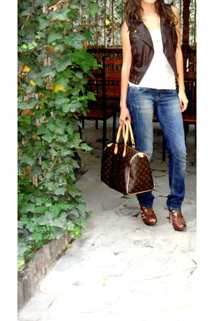 Louis Vuitton purse - brown Soda shoes - blue LTB jeans - brown Forever 21 vest