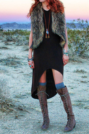 desert escape Gypsan dress - joe lace up Jeffrey Campbell boots