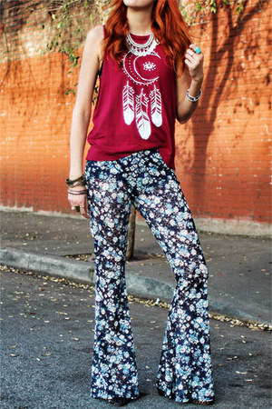 maroon midnight moon mate vintage t-shirt - blue Gypsan pants