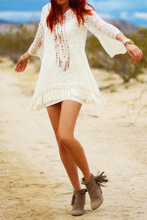 heather gray louie sam edelman boots - cream mimi tunic Gypsy Junkies top