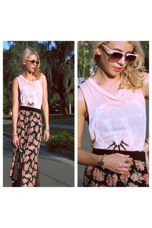 salmon Gypsy Gamine Vintage skirt - light pink muscle tee Wildfox shirt