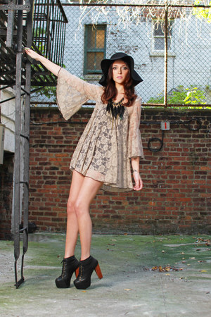 beige gypsy warrior dress - black gypsy warrior hat