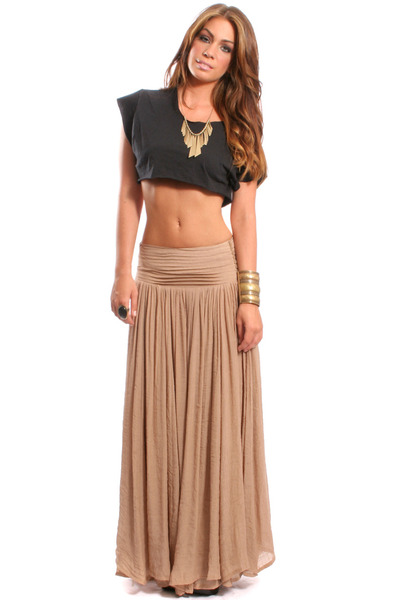 Tan maxi skirt – Modern skirts blog for you