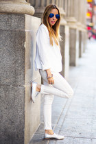 white HAUTE & REBELLIOUS blazer - blue HAUTE & REBELLIOUS sunglasses