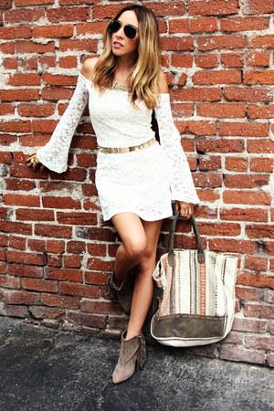 tan HAUTE & REBELLIOUS boots - white HAUTE & REBELLIOUS dress