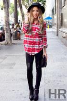 red HAUTE & REBELLIOUS shirt - black HAUTE & REBELLIOUS leggings